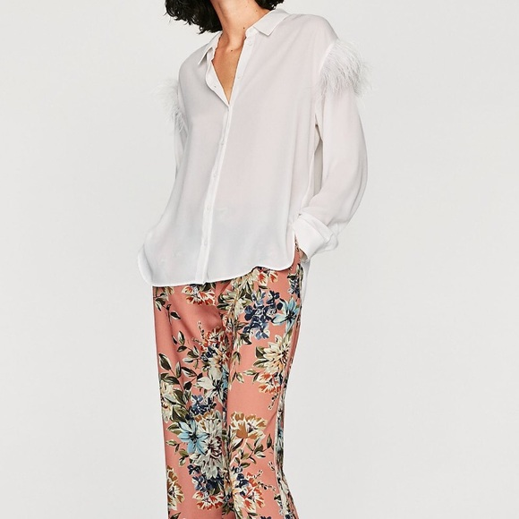 83edba2edd03a Zara white button down shirt feather top small NEW.  M 5a7229e146aa7cb4b11bdb96